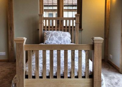 oak bed, oak windows
