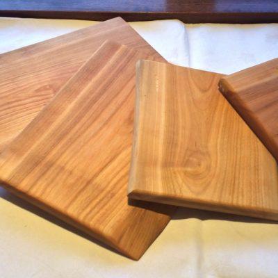 chopping board, kitchenware